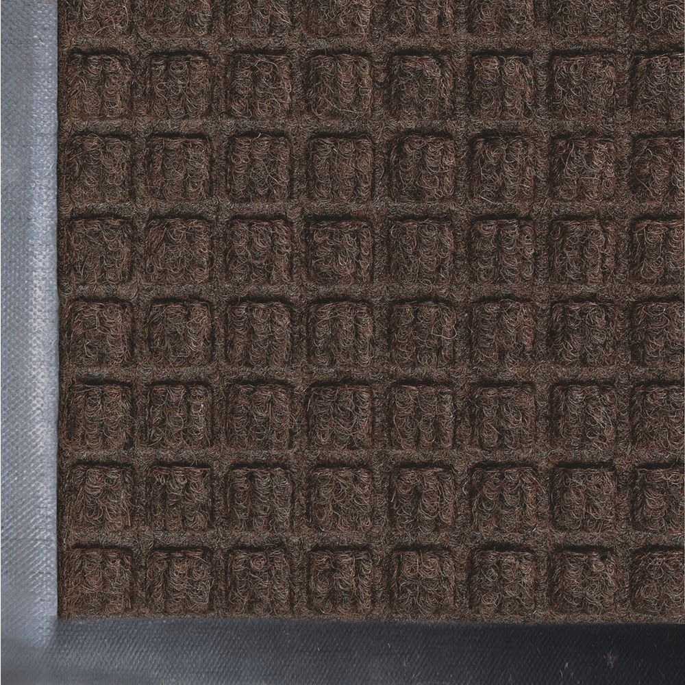 "Waterhog Classic Entrance Mat 27' L x 18' W Polypropylene Face 1/4"" Thick Dark Brown"