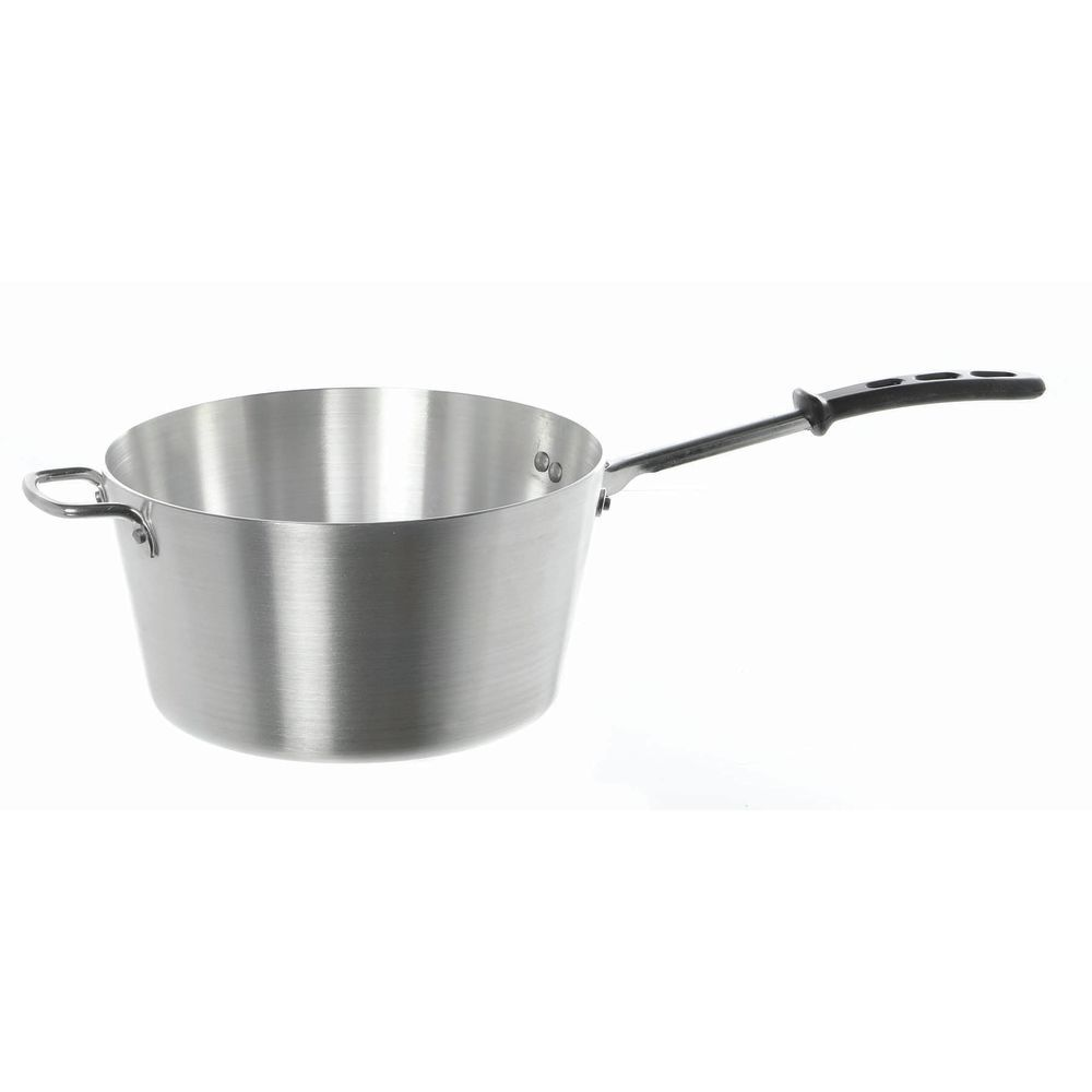 Vollrath Cookware - 7-Quart Saucepan with Silicone Handle