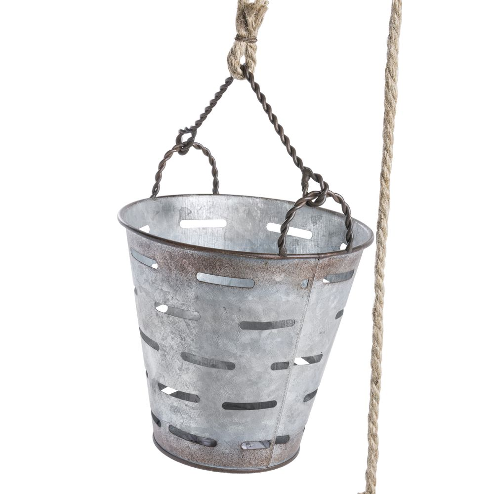 Galvanized Metal Buckets With Rope Pulley