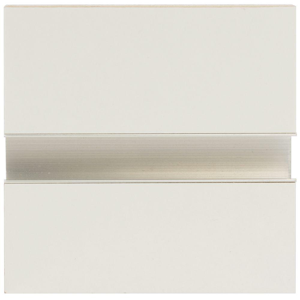 8 X 4 White Slatwall Panel With Aluminum Insert